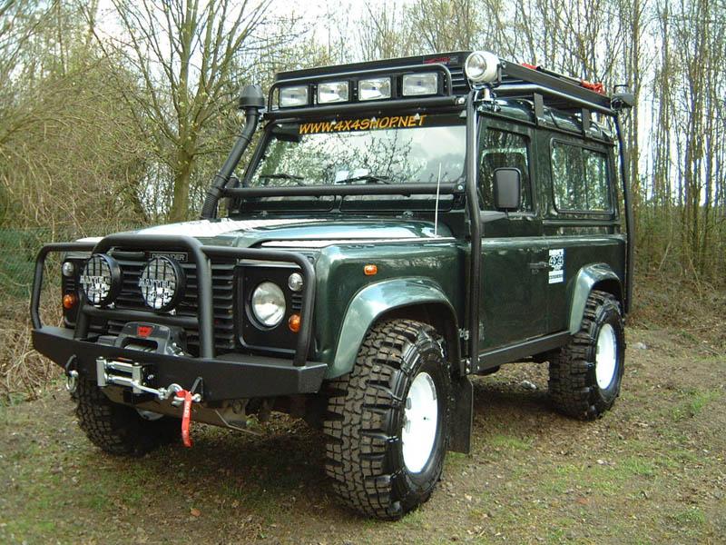 Land Rover Defender Amp Co